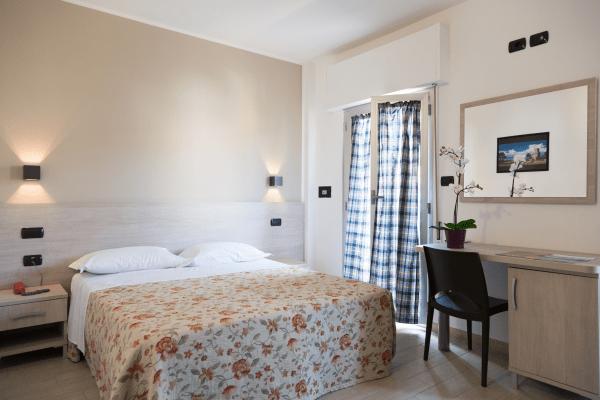Camere classic Hotel Saint Tropez a Pineto