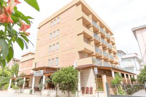 Hotel Saint Tropez a Pineto in Abruzzo: hotel per famiglie