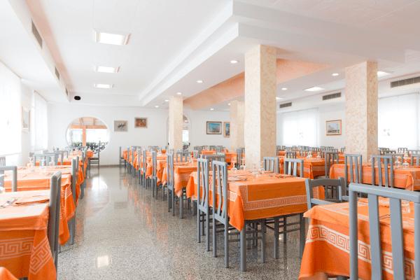 Ristorante Hotel Saint Tropez a Pineto in Abruzzo