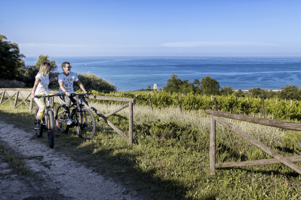 Escursioni in e-bike a Pineto